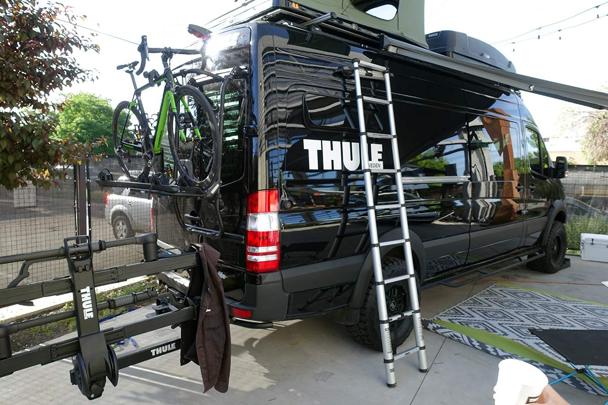 Thule-euro-van-door-mount-bike-rack-magnetic-ladder-01.jpg